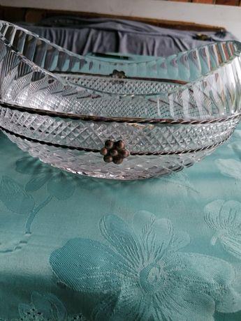 Kryształowa łódka ze srebrnym okuciem