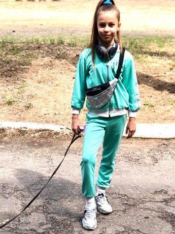 Спортивный костюм на девочку 122-134 см 7-10 л штаны,брюки,бомбер,кофт
