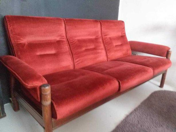 Kanapa i dwa krzesła PRLU +stolik