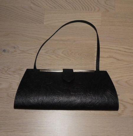 Super czarna torebka kopertówka