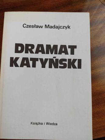 """Książka """"Dramat katyński"""" - Czesław Madajczyk"""