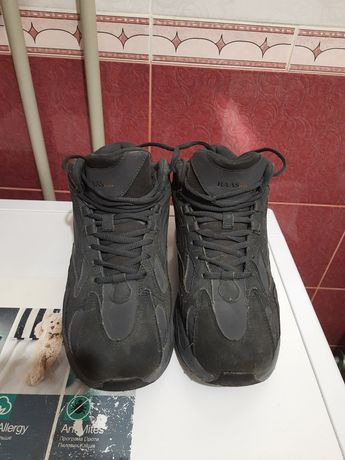 Ботинки зимние  мужские 43 размер