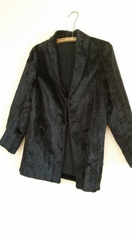 casaco em pele usado