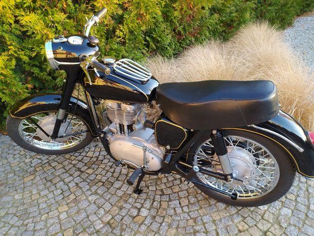 Renowacja motocykli zabytkowych Junak, SHL, WSK, WFM, Komar i inne...