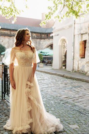 Весільне плаття Rara Avis