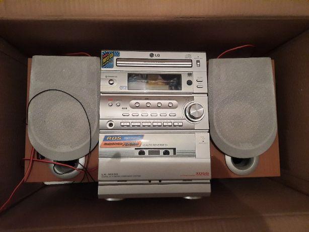 Mini wieża LG z odtwarzaczem kaset - uszkodzona