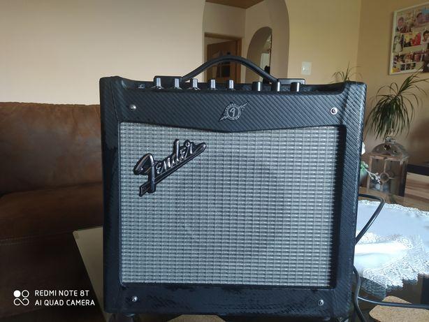 Wzmacniacz Fender mustang1