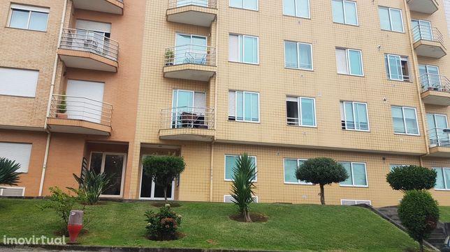 Apartamento T2 lugar garagem Avintes