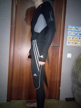 Продам костюм для лёгкой атлетики