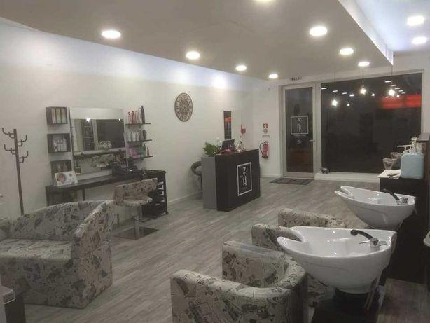 Trespasse salão cabeleireiro Aveiro