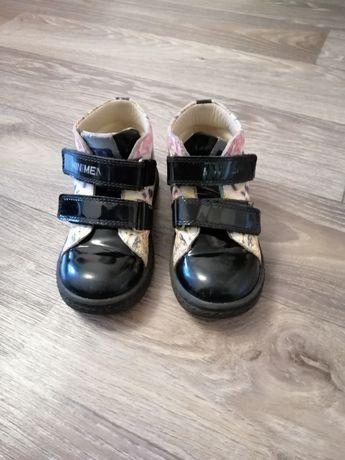 Ботинки для девочки  деми