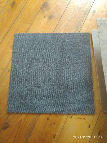 Королін коврова плитка привезений з-за кордону 12 м²