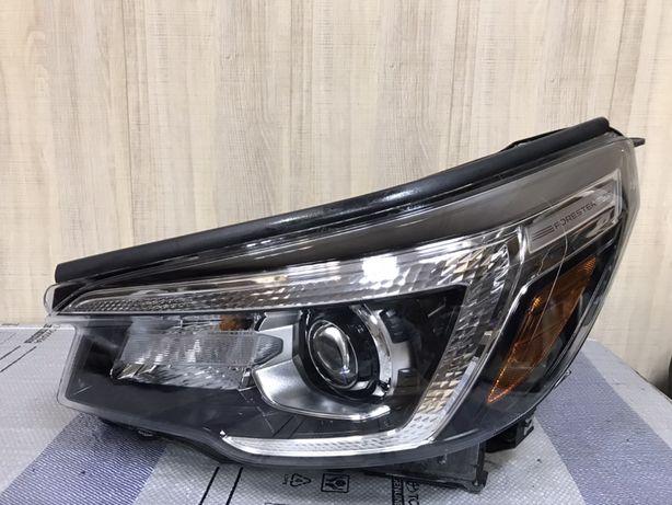 Фара левая  Subaru Forester 2019-2021 оригинальная США