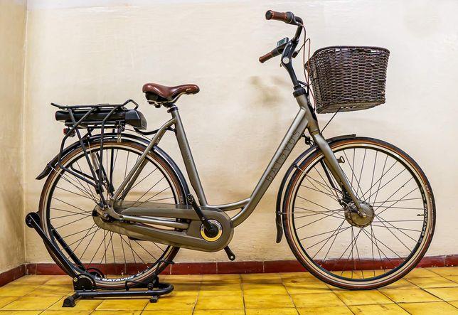 Rower elektryczny damski Batavus Torino rama 57 koła 28 damka