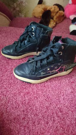 Ботинки на девочку geox