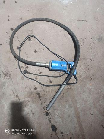 Wibrator do betonu pezal