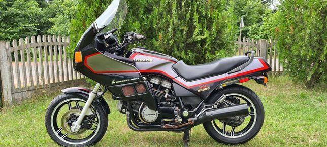 Honda v65 sabre vf1100 klasyk