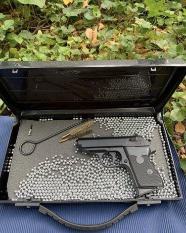 Страйбольный пистолет Макаров (Спринговый)