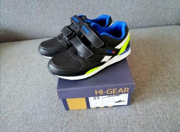 Adidasy chłopięce r. 33 wkł. 21cm