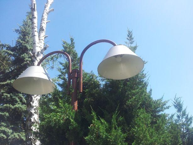 Klosze lamp ogrodowych