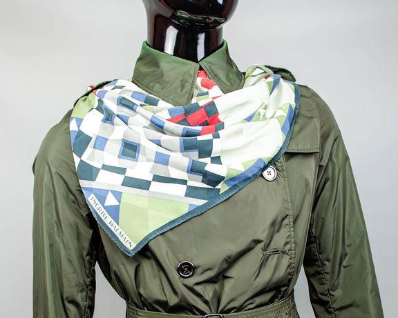 Фирменный шелковый платок Pierre Balmain.Большой платок с абстракциями