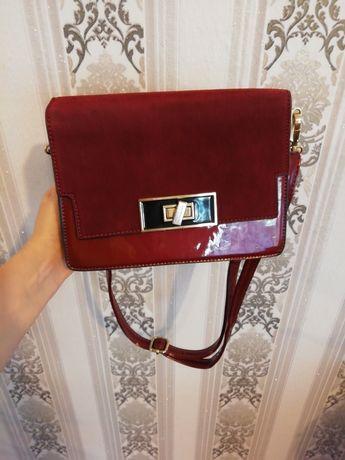 Женская сумочка в идеальном состоянии