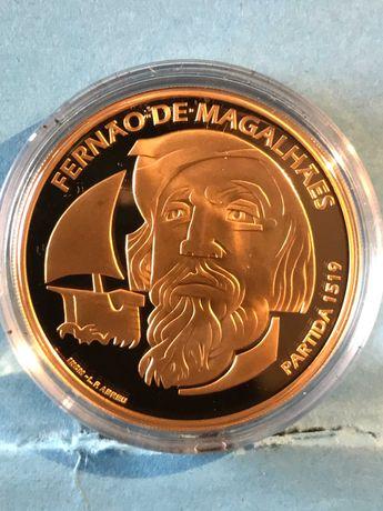 """Vendo moeda em ouro de 7,5€ """"Fernão de Magalhães"""" a Partida 1519"""