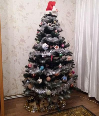 Продам искусственную ёлку)))