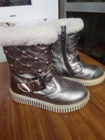 Зимові чобітки. 27 розмір. По устілці 17 см. Шкіряні. Туреччина