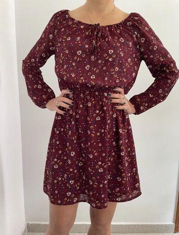 Stradivarius bordowa sukienka w kwiaty burgund M 38