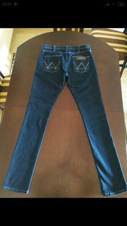 Нові оригінальні жіночі джинси Wrangler.