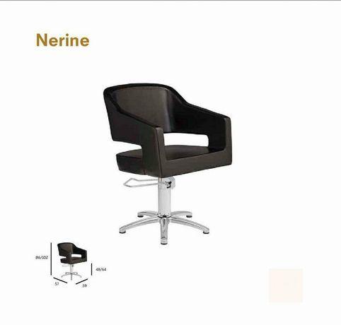 """Cadeira """" Nerine"""" NOVA"""