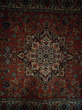 Продам ковры 2,80х1,90