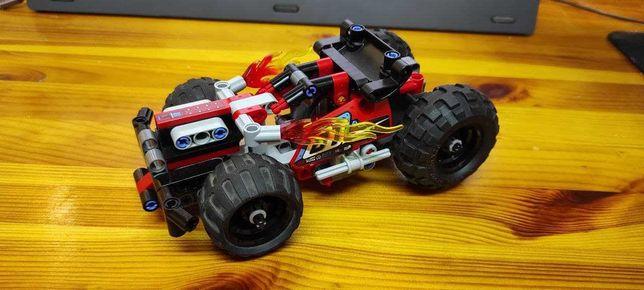 LEGO Technic БЕМЦ! Красный гоночный автомобиль (42073)