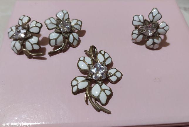 Серебряный набор серьги кольцо кулон