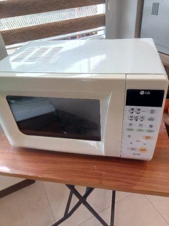 Kuchenka mikrofalowa LG