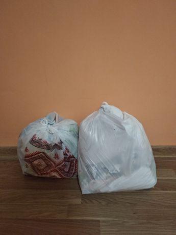 Отдам бесплатно 2 пакета вещей для новорожденных