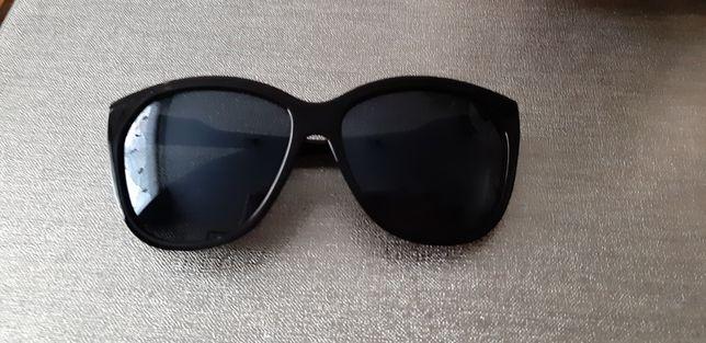 Okulary damskie czarne przeciwsłoneczne