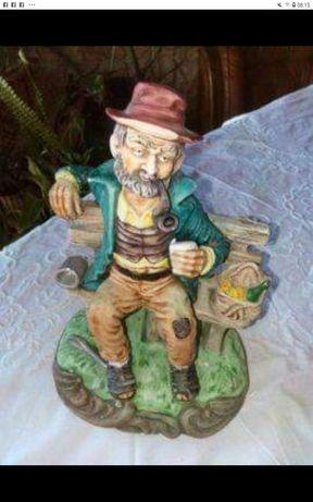 Figura de Ancião Pobre em terra cota.