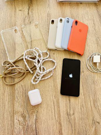 Iphone XS Max com acessórios
