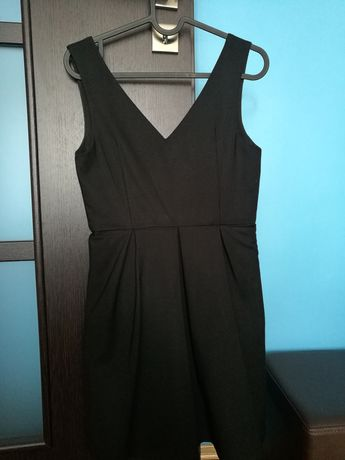 Czarna sukienka rozmiar S