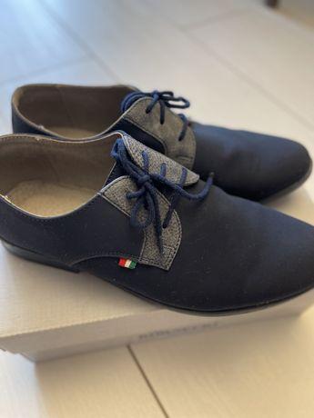 Eleganckie buty dla chłopca Kornecki rozm.36 Komunia