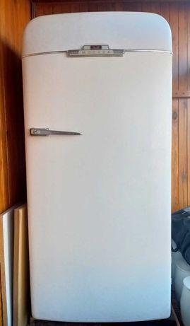 Холодильник Зил Москва СССР