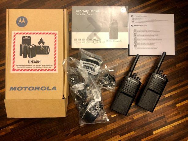 MOTOROLA XT420 PMR446 x2 radiotelefony i ladowarka komplet jak nowy