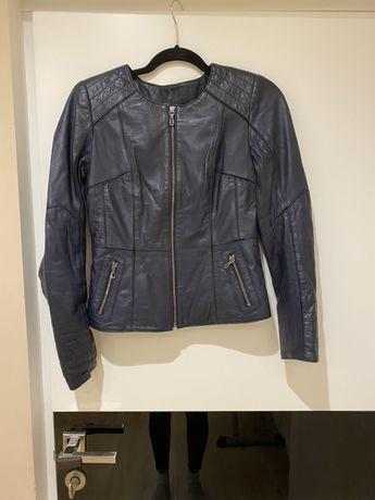 Кожаная куртка S размер