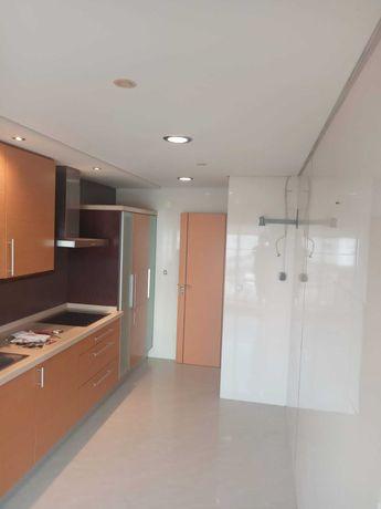 Apartamento T2 Sta Marta do Pinhal Corroios