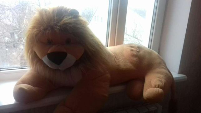 Мягкий большой Лев