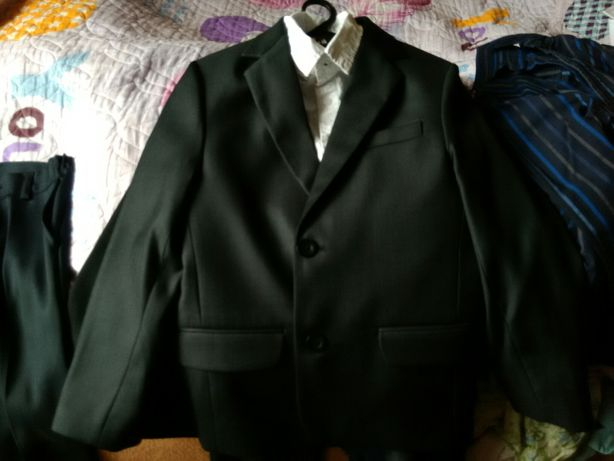 Костюм на выпускной 1 класс туфли 32-33 подарок рубашка