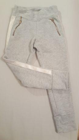 Spodnie dresowe 116 122
