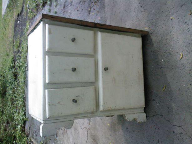 Zabytkowa szafka z 3 szufladami, szafeczka, jak w skansenie h58x43x77